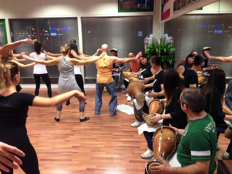 danza Moderna cubanacon i toques de Batà